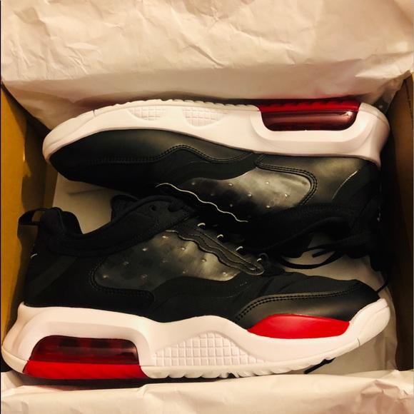 Nike Jumpman Max 200